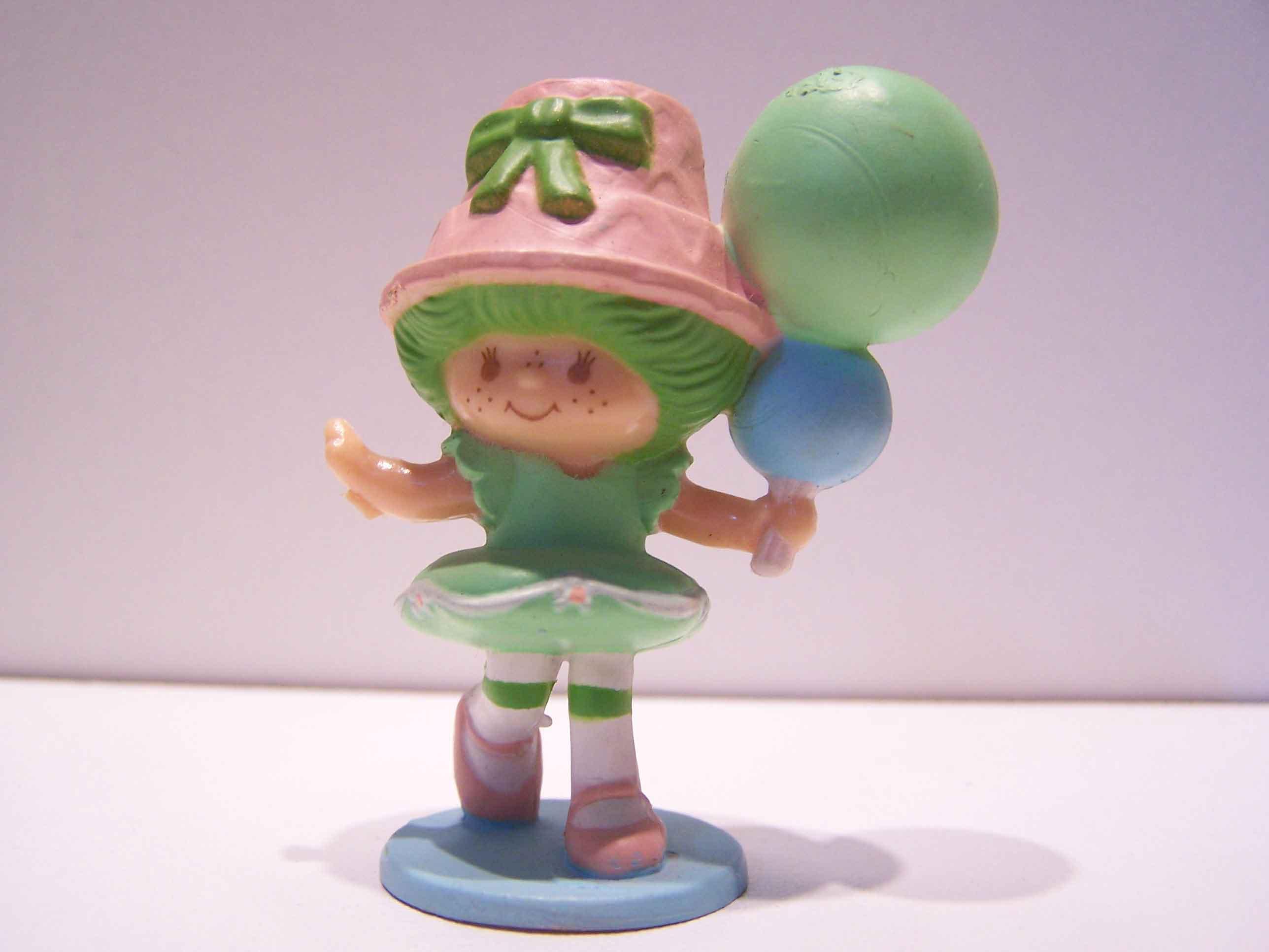 Amazoncom: vintage strawberry shortcake dolls: Toys & Games